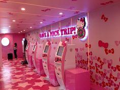 Hãng máy bay EVA Air, 7+năm kinh nghiệm bán vé máy bay quốc tế, đại lý chính thức ở 173 nguyễn thị minh khai, quận 1,tphcm. Pink Hello Kitty, Little Kitty, Daily Life Hacks, Hello Kitty Characters, Original Travel, Tourist Information, Freak Out, Cute Cases, Happy People