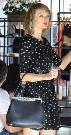 Taylor Swift Dolce & Gabbana Sara Bag-8