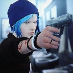 You tell em Chloe. Life Is Strange Fanart, Life Is Strange 3, Chloe Price, V Games, Best Games, Dontnod Entertainment, Arcadia Bay, Blue Haired Girl, Yuri
