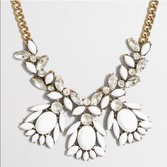 ✨NWT J. Crew Statement Necklace Super cute statement necklace perfect for work, play, or gifting! Comes with dust bag :) easy to pair wth any simple outfit! J. Crew Jewelry Necklaces