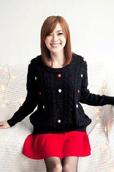 iAnyWear Sweet Lady Cable Knit Sweater - Black