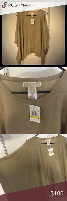 NWT Michael Kors bat-wing sweater Brand new beige bat wing sweater with open shoulders MICHAEL Michael Kors Sweaters Shrugs & Ponchos
