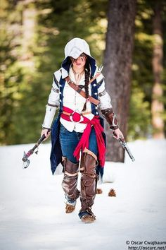 Connor from Assassin's Creed 3 Cosplay made and worn by Lighting assistants: Bekalou, Carladawn Photography and post-processing: me Shot near Spooner La. Video Game Cosplay, Epic Cosplay, Cosplay Girls, Female Cosplay, Cosplay Ideas, Assassins Creed Cosplay, Game Costumes, Costume Ideas, Rule 63