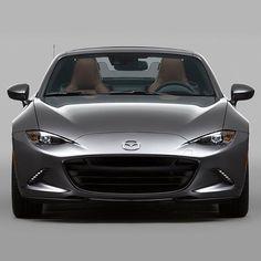 Te presentamos el nuevo #MazdaMX5RF. El nuevo integrante de nuestra familia que próximamente estará en México.  #mazdacueducto #mazda #mx5rf #new #zoomzoom #mazdamexico #mazdalove