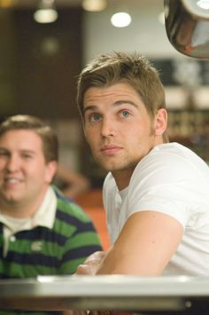 mike vogel..why!!
