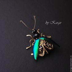 Купить Жук брошь - тёмно-зелёный, жук, брошь, подарок, wire wrap, латунь, насекомые