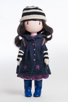 Paola Reina presenta sus Gorjuss de Santoro - Santoro está expandiendo su marca Gorjuss aún más con una nueva gama de muñecas que se dio a conocer en la Feria del Juguete de Nuremberg en febrero. La compañía se ha asociado con el fabricante de muñecas Paola Reina.