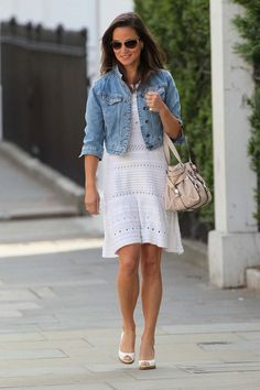 Pippa Middleton is seen running errands in Chelsea, despite the sporadic rain showers Pippa bravely wore a ...