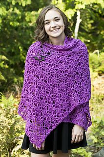Eminence Shawl, free crochet pattern by Laura Krzak for Cascade Yarns