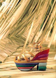 'Rainbow' Sandal, designed by Salvatore Ferragamo, 1938-1939. Courtesy Museo Salvatore Ferragamo, all rights reserved.
