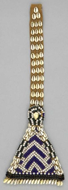 Africa | Belt pendant from the Kuba people, DR Congo | ca. 1975 | Raffia fiber, glass beads and cowrie shells.