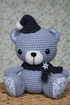 Crochet elf hat and scarf | lilleliis