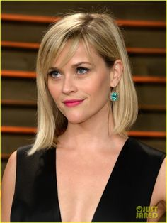 reese witherspoon vanity fair oscars party 2014 03 Reese Witherspoon gets all dolled up for the 2014 Vanity Fair Oscar Party hosted by Graydon Carter held during the 2014 Oscars on Sunday night (March 2) in West…