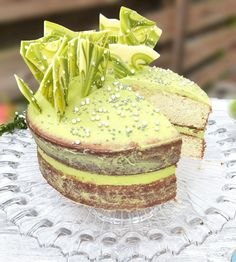This white chocolate layer cake is decorated with white chocolate matcha cream cheese frosting and shards Chocolate Shard Cake, White Chocolate Frosting, Cake Recipes, Dessert Recipes, Desserts, Matcha Cake, Cream Tea, Homemade Butter, Cake Makers