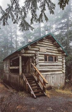 076 Small Log Cabin Homes Ideas Small Log Cabin, Tiny Cabins, Little Cabin, Tiny House Cabin, Log Cabin Homes, Cabins And Cottages, Cozy Cabin, Log Cabins, Rustic Cabins