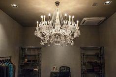 Fashion showroom in India - Sans Souci Crystal Light Fixture, Fashion Showroom, Contemporary Light Fixtures, Simple Shapes, Metallic Colors, Wall Sculptures, Glass Design, Hand Blown Glass, Gd