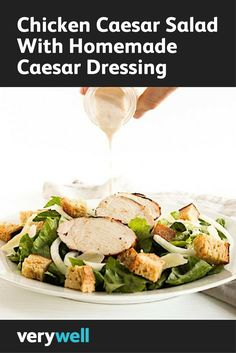 Healthy Chicken Caesar Salad With Homemade Creamy Caesar Dressing--see if it works with almond yogurt Healthy Soup, Healthy Salads, Healthy Chicken, Healthy Eating, Healthy Foods, Asian Chicken, Veggie Recipes, Real Food Recipes, Salad Recipes