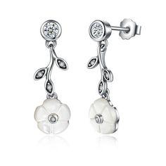 White flower leafs silver earrings