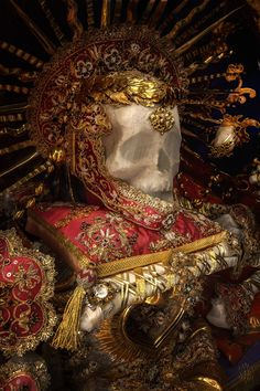 Irenaeus by Christian Boss The Lovely Bones, Rich Money, Religious Icons, Baroque Fashion, Vanitas, Memento Mori, Skull Art, Icon Design, Skeleton
