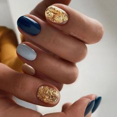 Chic Nails, Stylish Nails, Love Nails, Trendy Nails, Gold Gel Nails, Shellac Nails, Shellac Nail Designs, Nagellack Trends, Manicure Y Pedicure