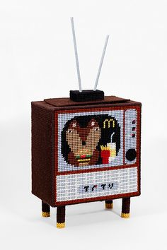 Needlepoint retro TV box (Front) | Flickr - Photo Sharing!