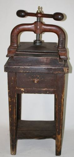 Antique French iron book press on stand : Lot 78