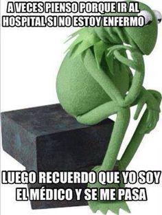 Rana René, meme, mexican humor, spanish, Kermet the frog. Funny Quotes, Funny Memes, Hilarious, Doctors Day Quotes, Medicine Quotes, Mexican Memes, Humor Mexicano, Mr Wonderful, Spanish Humor