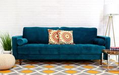 Living Room Decor Pieces, Funky Living Rooms, Navy Living Rooms, Formal Living Rooms, Living Room Modern, Living Room Seating, Living Room Sofa, Living Room Furniture, Mid Century Sofa