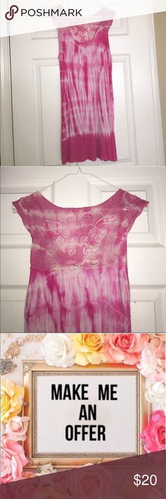 Ⓢⓤⓑⓜⓘⓣ ⓞⓕⓕⓔⓡForever 21 pink tie dyedress/long Top Cute long flowy tank top/ DRESS stretchy comfy material • good condition • can be worn as a top with leggings or a very short dress • fabric shows minor wear Forever 21 Tops Tank Tops