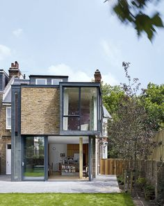 A once typical Edwardian terrace in London, this home now bo…