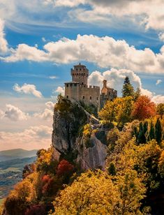 SAN MARINO, a tiny country surrounded by Italy, between the regions of Emilia Romagna and Marche, Italy Oh The Places You'll Go, Places To Travel, Places To Visit, Italy Vacation, Italy Travel, San Marino Italy, Wonderful Places, Beautiful Places, Santa Marina