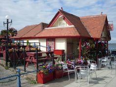 Smallest pub in Britain - Southport