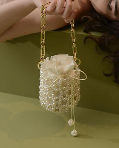 Beaded Purses, Beaded Bags, Beaded Jewelry, Diy Handbag, Diy Purse, Fashion Handbags, Fashion Bags, Cute Bags, Vintage Handbags