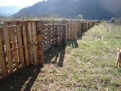 Little Avalon: Pallet Fence Finished!