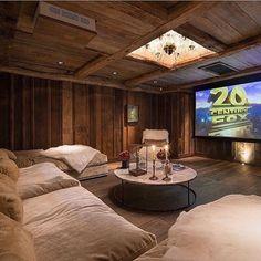 la sala de cine es muy bonito