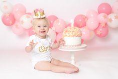 Baby's birthday outfit, cake smash vest, One glitter vest, First birthday Cake smash outfit Smash Cake Girl, Cake Smash Outfit, Birthday Cake Smash, First Birthday Cakes, Baby Birthday, Birthday Ideas, Simple First Birthday, First Birthday Outfits, Baby Vest