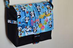 """DIY - """"Panda In New York"""" messenger bag"""