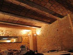 Decoración de restaurantes con piedra artificial