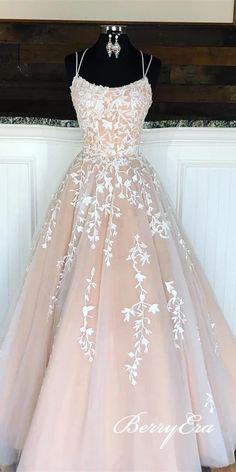 Lovely Lace Tulle Long Prom Dresses, Newest Prom Dresses, Popular Long Prom Dresses - Abschlussball Kleider Pretty Prom Dresses, Hoco Dresses, Cheap Prom Dresses, Prom Party Dresses, Quinceanera Dresses, Ball Dresses, Cute Dresses, Beautiful Dresses, Ball Gowns
