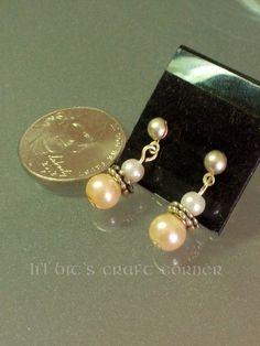 Simply Elegant Pearl Earrings #Chainmaille #earrings