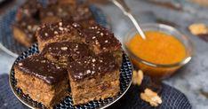 """Gyors bögrés """"zserbó"""" recept képpel. Hozzávalók és az elkészítés részletes leírása. A Gyors bögrés """"zserbó"""" elkészítési ideje: 60 perc Korat, Meatloaf, Pudding, Sweets, Food, Basket, Candy, Recipes, Essen"""