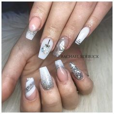 Pretty In The City (@pretty_in_the_city_nails) • Instagram photos and videos White Glitter Nails, Silver Nails, Christmas Nail Designs, Christmas Nails, Acrylic Nail Designs, Acrylic Nails, City Nails, Ice Queen, Nails Magazine