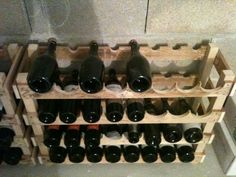 A rack to store your bottles of wine. Only pallet ! From Rilouchon   Idea sent by Maryline Cuillier ! #Pallets, #Rack, #WineRack