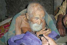 """Hombre indio dice ser """"inmortal"""" por tener 179 años"""