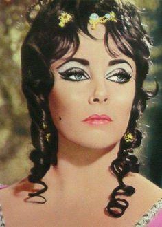 """Elizabeth Taylor as Helen of Troy in """"Doctor Faustus"""". 1967."""