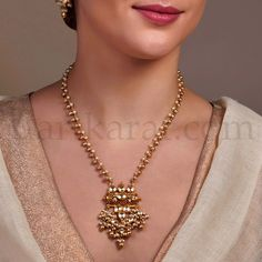 Enlarged View Baby Jewelry, Gold Jewelry, Jewelery, Pearl And Diamond Necklace, Gold Necklace, Pearl Necklaces, Traditional Indian Jewellery, Indian Accessories, Indian Wedding Jewelry