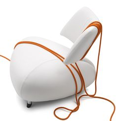 Elegant Leather Armchair by Leolux - Pallone