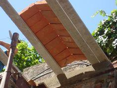 alternativa à antiga abobadilha (bovedilla) agora com vigotas de concreto armado.