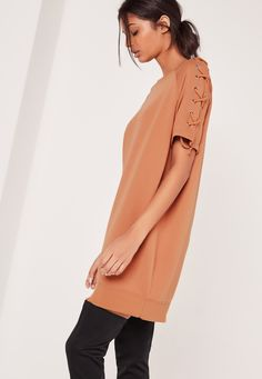 Lace Up Sleeve Sweatshirt Dress Camel - Missguided