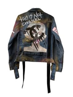 Customised Denim Jacket, Custom Denim Jackets, Painted Denim Jacket, High Street Fashion, Diy Jeans, Diy Leather Jacket, Punk Jackets, Jean Jackets, Denim Fashion